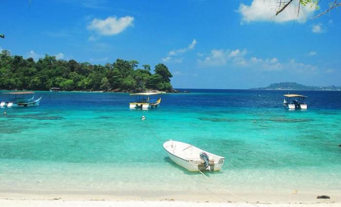 Tempat Wisata - Pantai Teupin Layeu Aceh