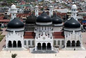 Tempat Bersejarah - Masjid Raya Baiturrahman