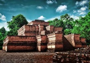 Situs Sejarah - Kompleks Candi Muaro Jambi