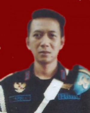 Apri Iskandar