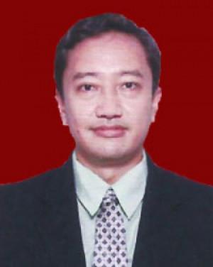 Arif Budhiono, SE AK