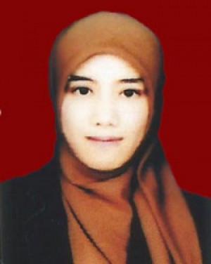 Happy Anggun Tiara, AMD Kom