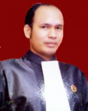 Mardensi Mahmud, SH
