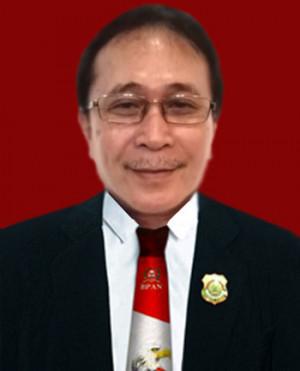 Prof.Dr.J.Ronald Mawuntu, SH, MH